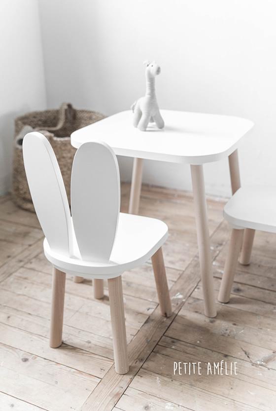 Ensemble chaises table enfant lapin blanc