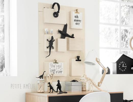Tableau-mural-enfant-bois-pour-bureau-Petite-Amelie