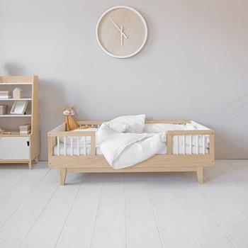 Lit enfant bois design par Petite Amélie
