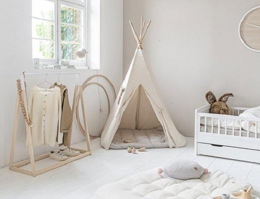 Décoration chambre enfant tipi tente par Petite Amélie