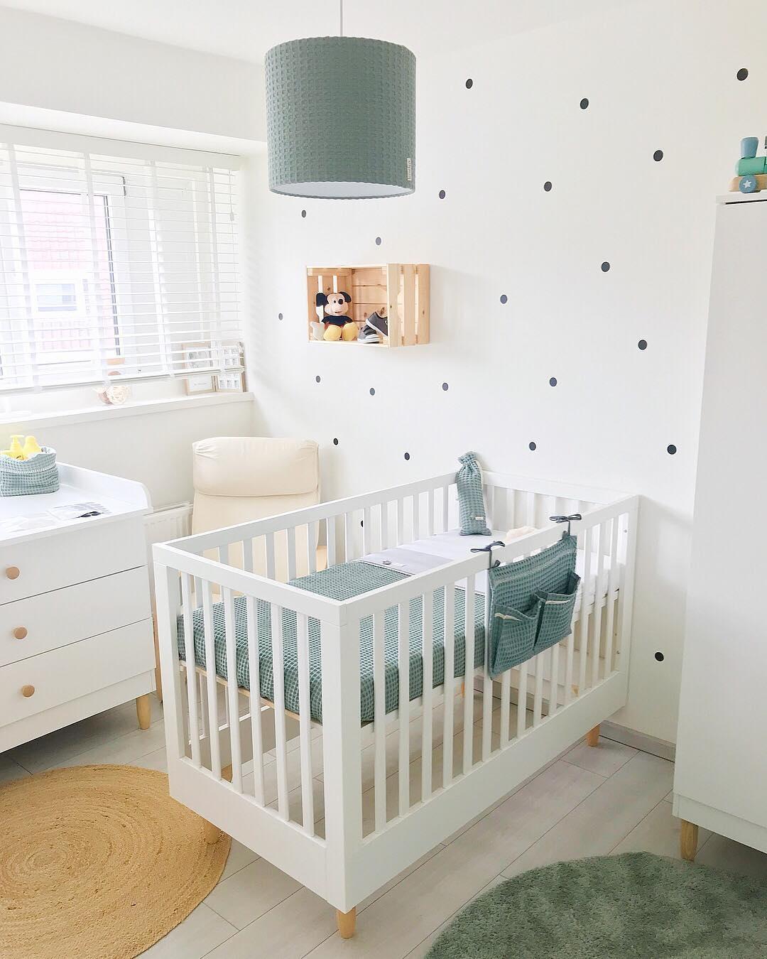 Lit bébé évolutif bois blanc Bocca par Petite Amélie