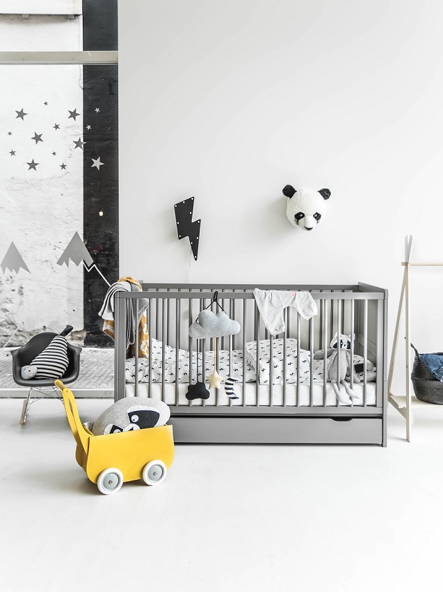 blog du noir et blanc pour ma chambre d 39 enfant. Black Bedroom Furniture Sets. Home Design Ideas