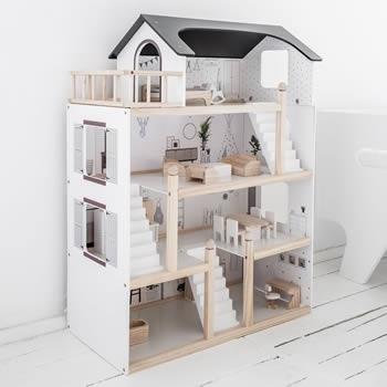 Maison de poupée bois par Petite Amélie