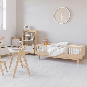 """Chambre enfant bois et blanc """"CERISE"""" par Petite Amélie"""