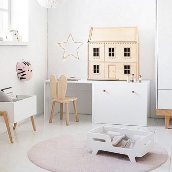 maison de poupée et salle de jeux enfant par Petite Amélie